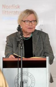 Inger Christensen läser ur ett av sina verk vid lanseringen av Nordisk litteratur til tjeneste på Sorte diamant i Köpenhamn 2008-03-05